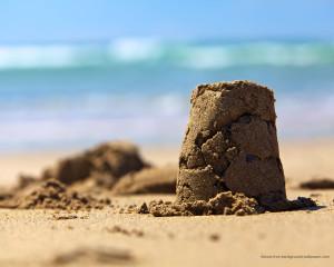sand-castle-desktop-background